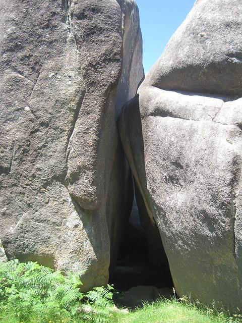 Cueva en la Subida á Pedra do Cadro en Esteiro