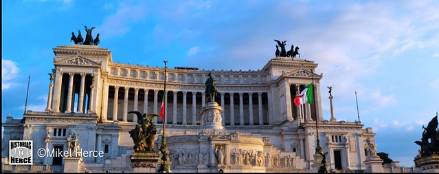 100. Monumento a Víctor Manuel II