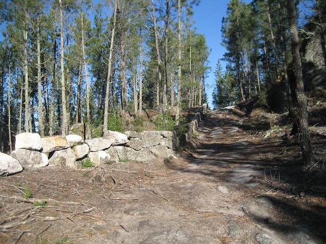 Camino Real en el PR-G 4 Camiño Real San Pedro de Rocas
