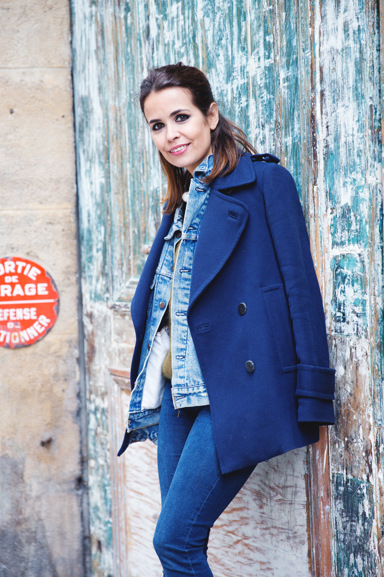 Double_Denim-Blue_Coat-Winter_Sandals-4