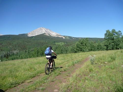 Riding toward Geyser Pass