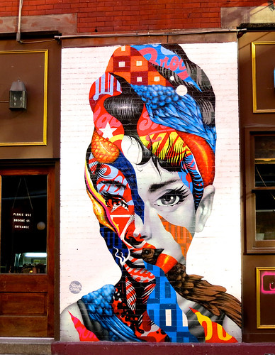 Tristan eaton audrey hepburn 2013 mulberry near broome for Mural on broome street