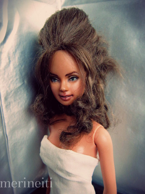 Barbie repaint - Angelina