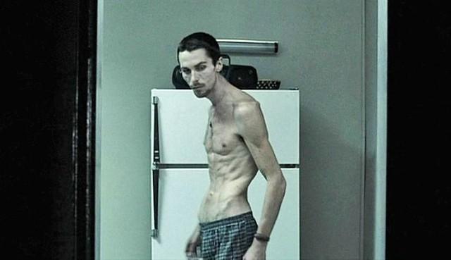 Фото | Худой истощенный Кристиан Бэйл. «Машинист», 2004 год