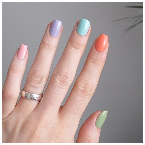 493_easter_egg_nails2