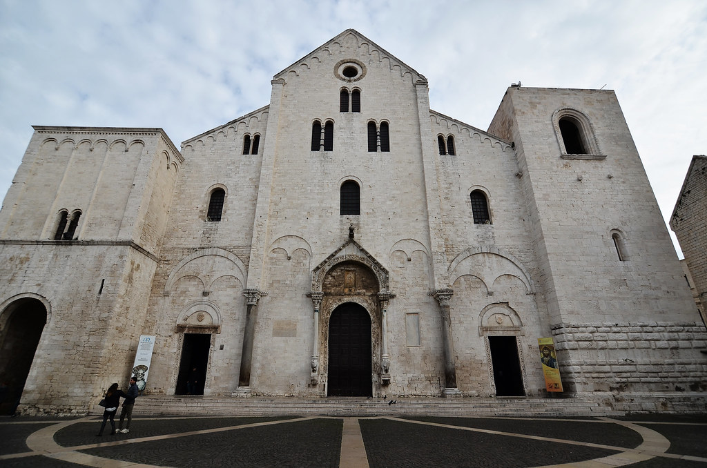 Basilica di San Nicola (Bari)!