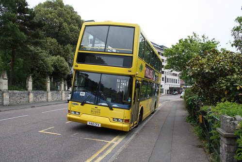 Yellow Buses 412 Y412CFX