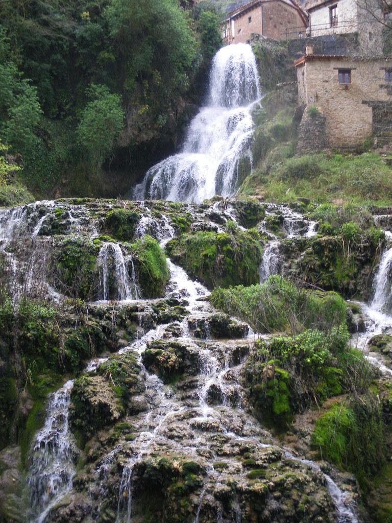2014-04-15 Norte de Burgos 169 - Orbaneja del Castillo
