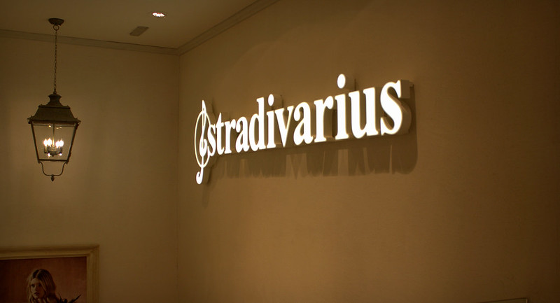 stradivarius3