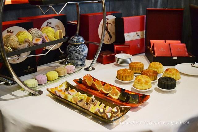 1.Dynasty Restaurant Renaissance Hotel KL 2016 Mooncake
