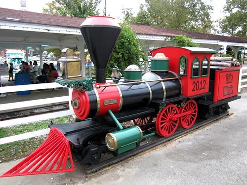 Lake Winnie mini-train