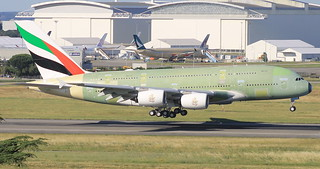 A380-800 EMIRATES MSN225 F-WWSQ FUTUR A6-EUM FIRST FLIGHT TOULOUSE 23 06 16.