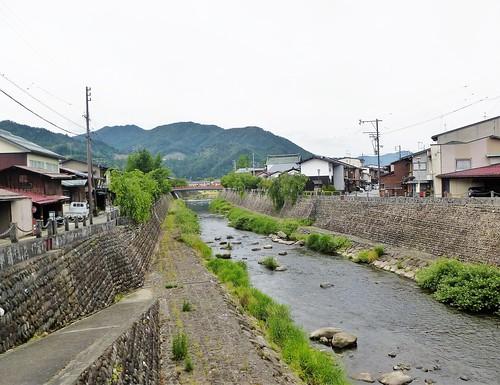 jp16-Furukawa-rivière-route (1)