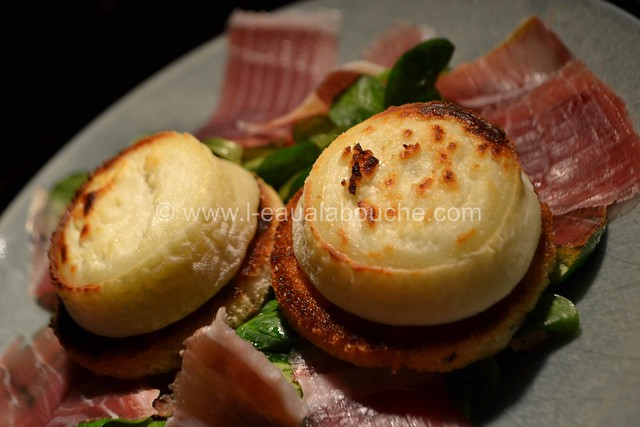 Salade au Chèvre Chaud et Jambon Cru © Ana Luthi Tous droits réservés 22