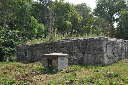 Бункер Коха— в оренду