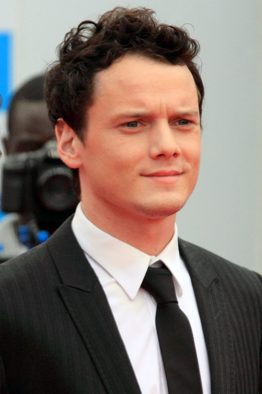 Anton Yelchin - Photo 2