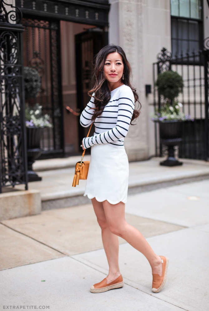 petite summer fashion+white outfit striped tee soludos