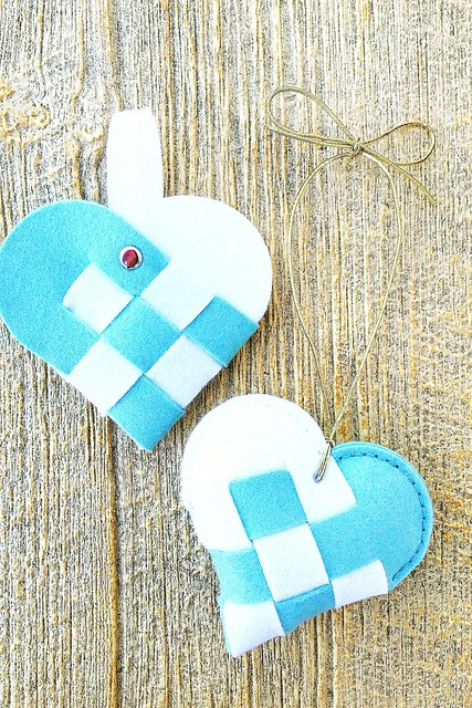 Non-sew and Sewn Options for Woven Heart by Papertrey Ink