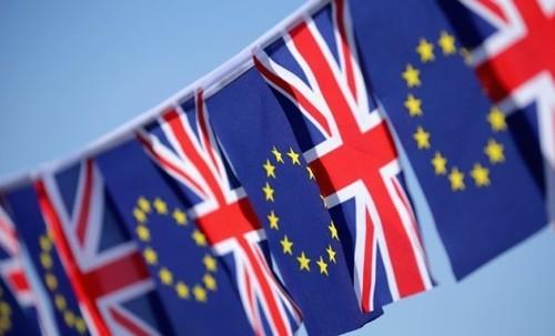 brexit-flags-overlay-tease (1)