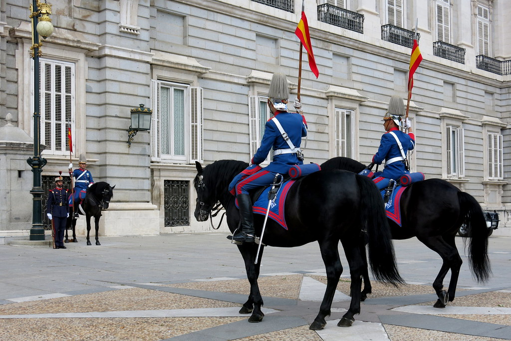 Los miércoles, cambio de guardia en el Palacio Real-079