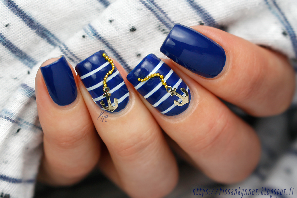 sailor_nails