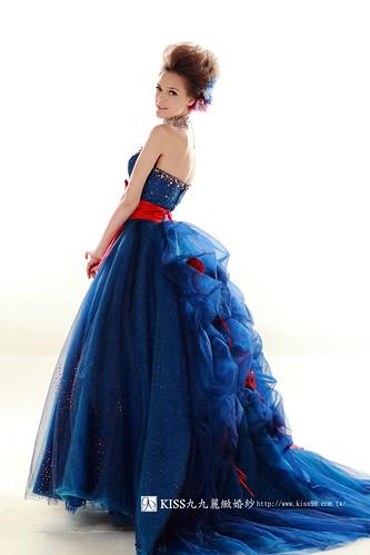 拍照婚紗和宴客禮服怎麼選?讓高雄kiss99婚紗告訴你:拍攝用禮服 (27)