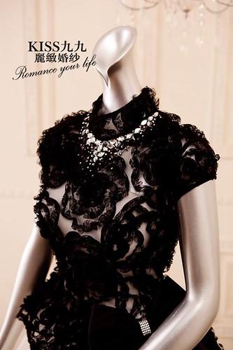 拍照婚紗和宴客禮服怎麼選?讓高雄kiss99婚紗告訴你:拍攝用禮服 (15)