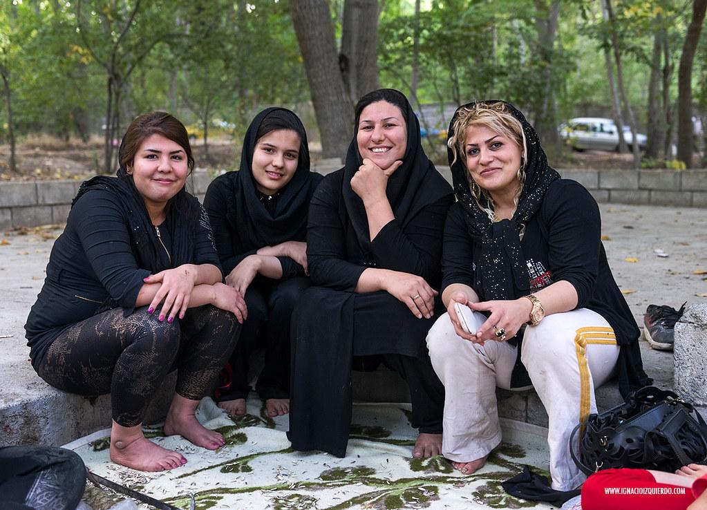 Iranian Picnic 38