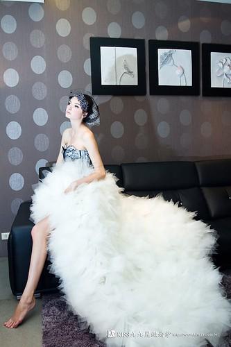 拍照婚紗和宴客禮服怎麼選?讓高雄kiss99婚紗告訴你:拍攝用禮服 (10)