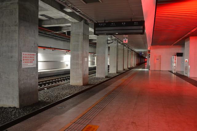 南港站第三月台