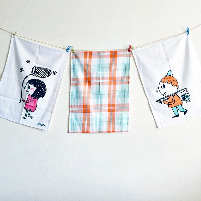 Considering the fact that I wash up about a thousand times a day right now I do love a good tea towel!  These ones - illustrated by @evie_barrow for @freedom_australia - help raise funds for Children's Cancer Institute with the full sale price going to CC