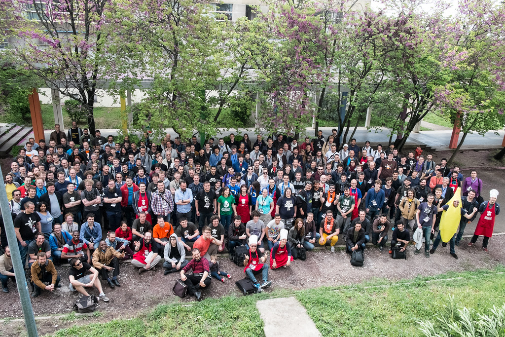 Group photo from the Drupal Developer Days Montpellier 2015. Source: Flickr.