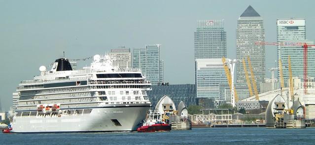 Viking Star (8) @ River Thames 13-05-15
