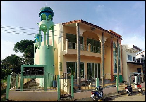 Laem Hin Mosque (Kamaliah Mosque)