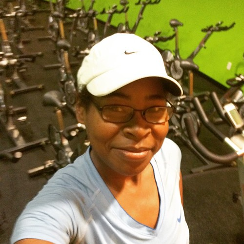 I didn't post my picture this morning because I started my road-trip to Kentucky,  but I got my workout in this morning. Did u workout? #fitfluential #fitfam