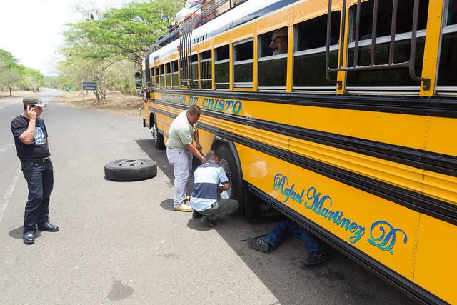 Misionero de Cristo / Flat tire
