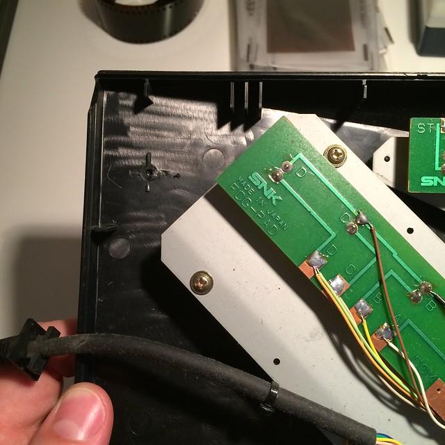 Réparation plastique Controleur Joystick Neo Geo. 17611891491_a7c1ba5fc6_z