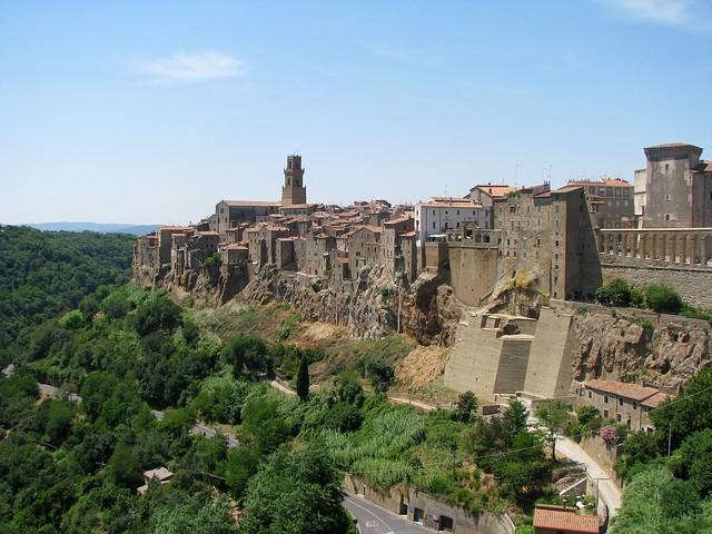pitigliano-tuscany-cr-brian-dore