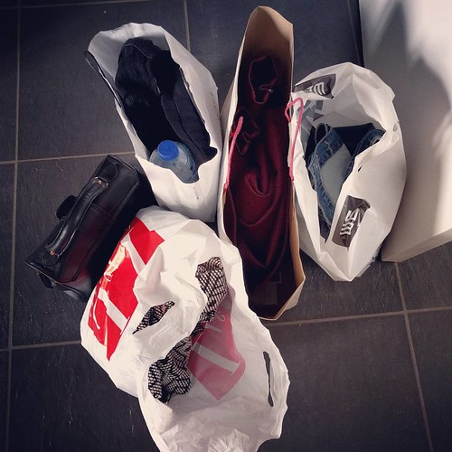 Wezen shoppen met de mama en de zus. Dat was lang geleden!! #shopperdeshop