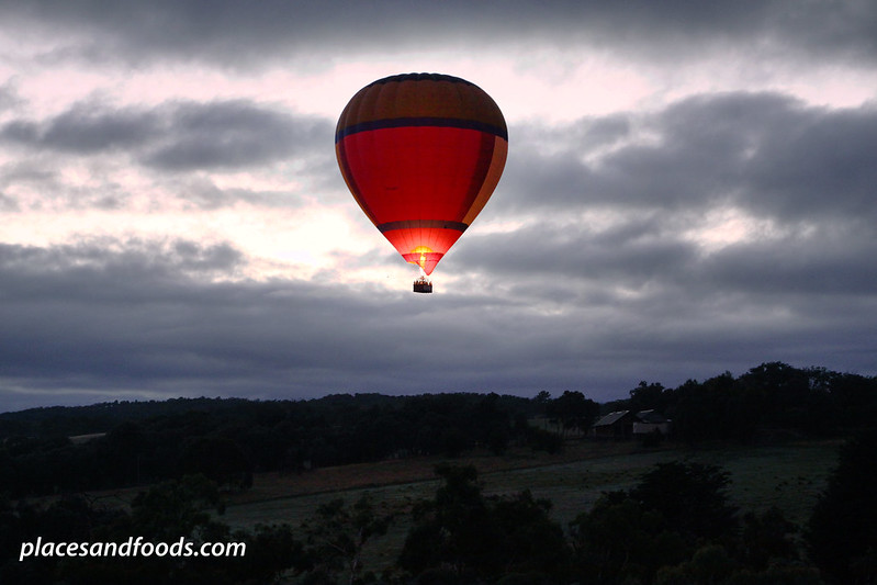yarra valley hot air ballon up from the farm