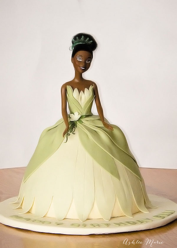 disney Princess Tiana Birthday cake