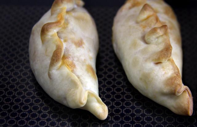 Empanadas de Camarones  (25)