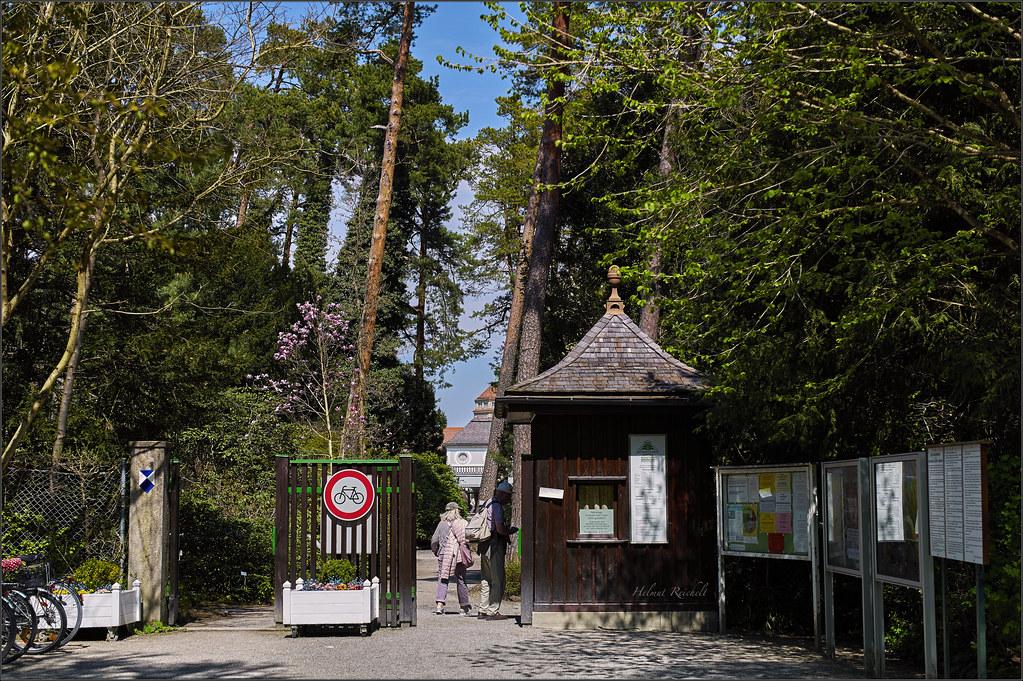 Der Südeingang des Botanischen Gartens