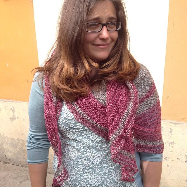 Sciallata #asunder #lisamutch #yarn #lino #rowan #ameliabefana #iolavoroamaglia #instaknit #instaknitting #knit #knitting #knittersofig #knittersofinstagram #ravelry #kalfromitaly