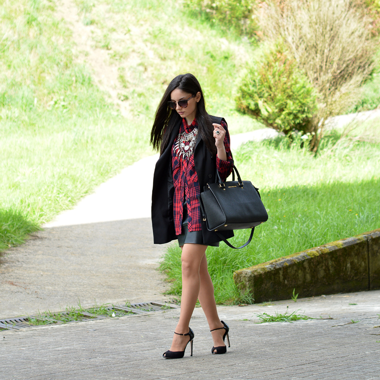 Zara_ootd_outfit_tarta_leather_como_combinar_michael_kors_02