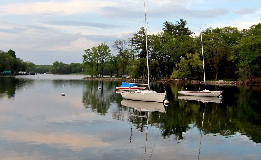 Sailboats in Carson's 15
