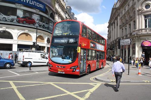 London General WVL486 LJ61NWV