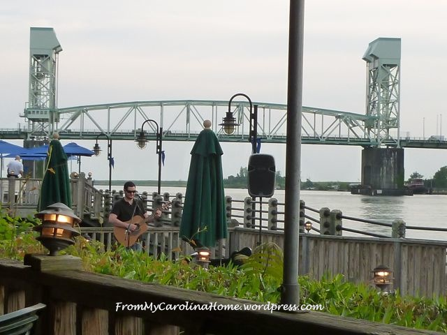 Dinner on Riverfront 3