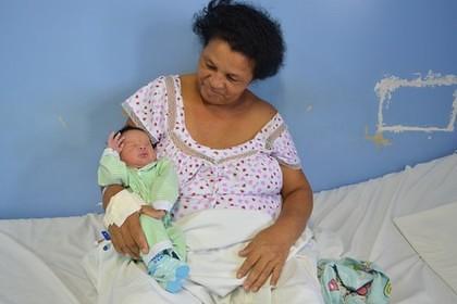 У 51-річної бразилійки народилася 21-ша за рахунком дитина