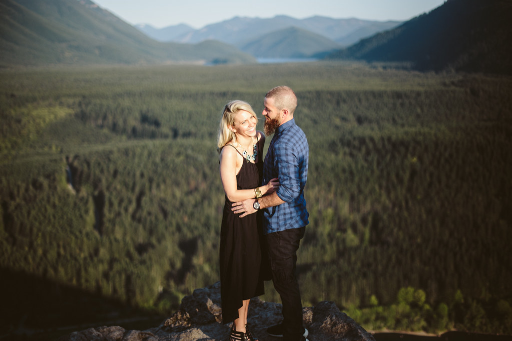 seattle rattlesnake ridge engagement shoot